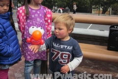 balloon-elmo-bracelet-by-balloon-artist-Perry-Yan-www.Pymagic.com_
