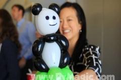 balloon panda bracelet by balloon artist Perry Yan-www.Pymagic.com