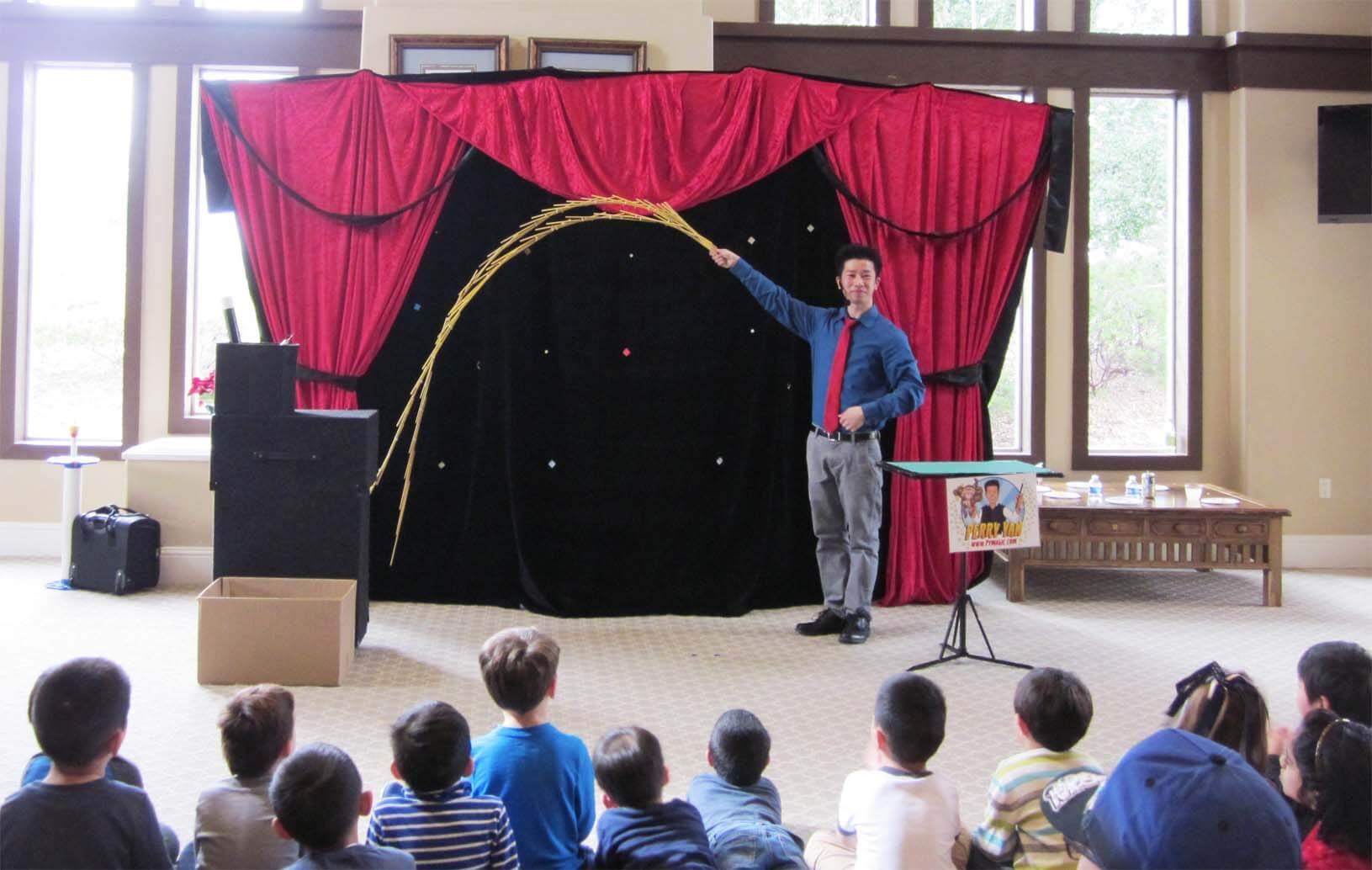 Perry Yan's Magic Show